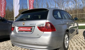 BMW 320D Touring completo